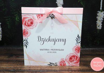 """Drewniane pudełko na koperty """"Geometryczne róże"""""""