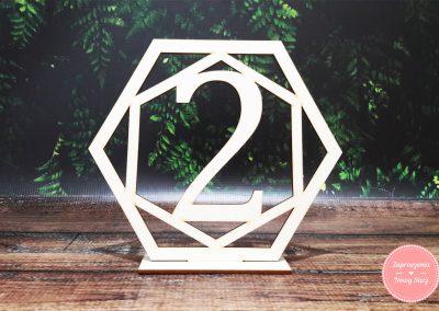 Numer stołu ze sklejki (4) Geometryczny