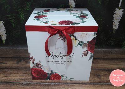 """Drewniane pudełko na koperty """"Bordowy wianek II"""""""