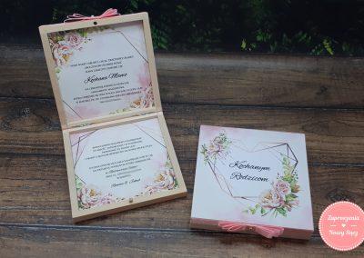 """Zaproszenia dla rodziców w pudełku """"Geometryczne serce"""""""