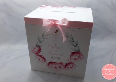 """Drewniane pudełko na koperty """"Piwonie"""""""