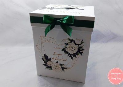 "Kartonowe pudełko na koperty ""Zielone serce"""
